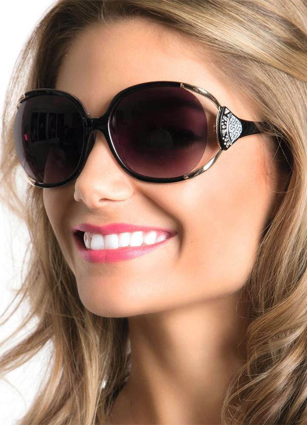 64c43042a4be9 Queima de Estoque - Óculos de Sol Feminino Marrom - Queima de Estoque