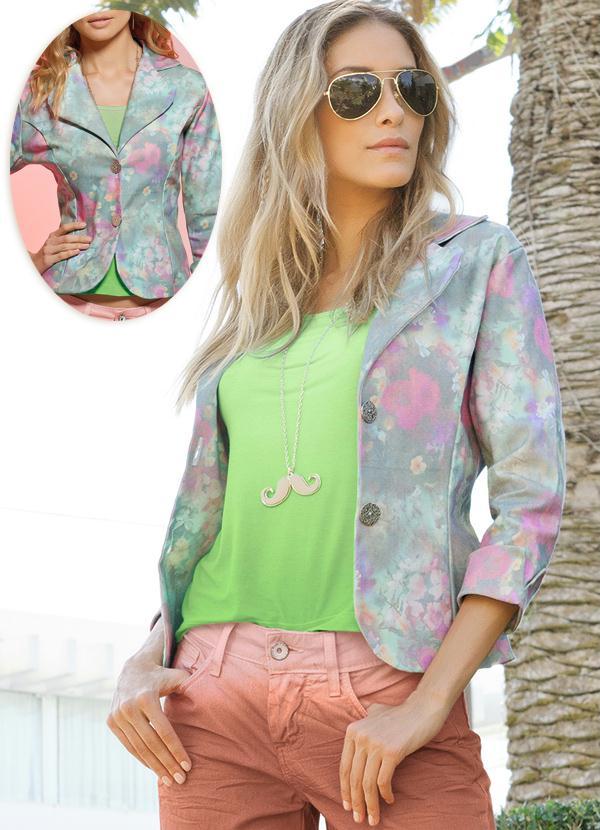 db8faa3897 Quintess - Blazer Feminino Floral Aquarelado - Quintess