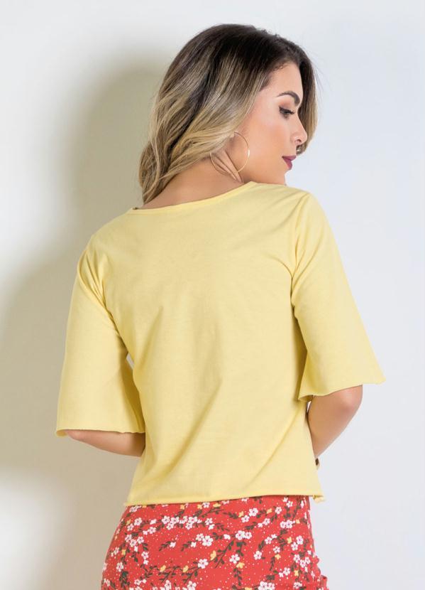 1ae81b7e47 Moda Pop - Blusa Amarela com Detalhes em Laser - Moda Pop