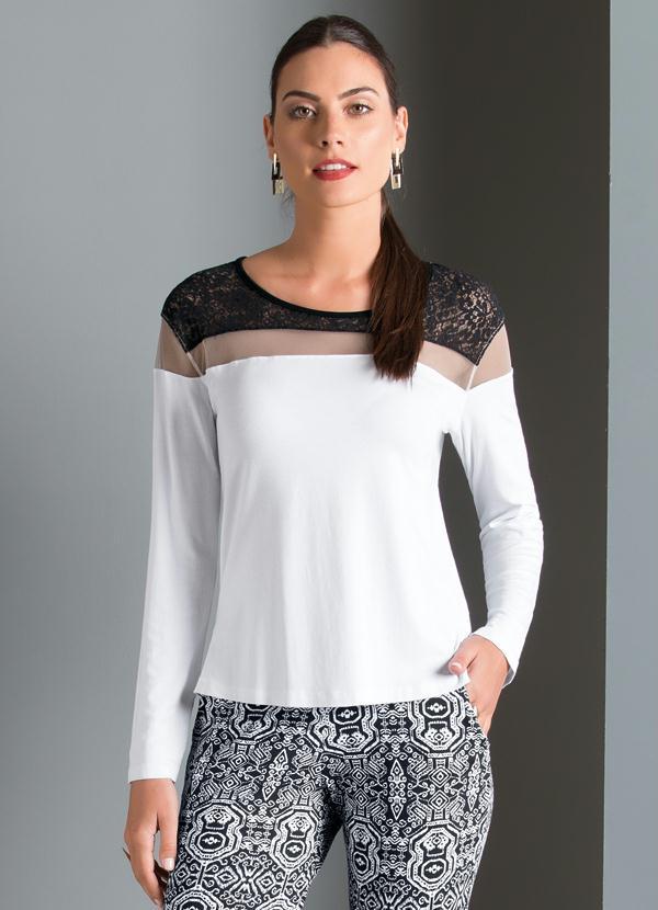c22c9a1be Quintess outlet - Blusa com Detalhe Transparente e Renda Branca ...