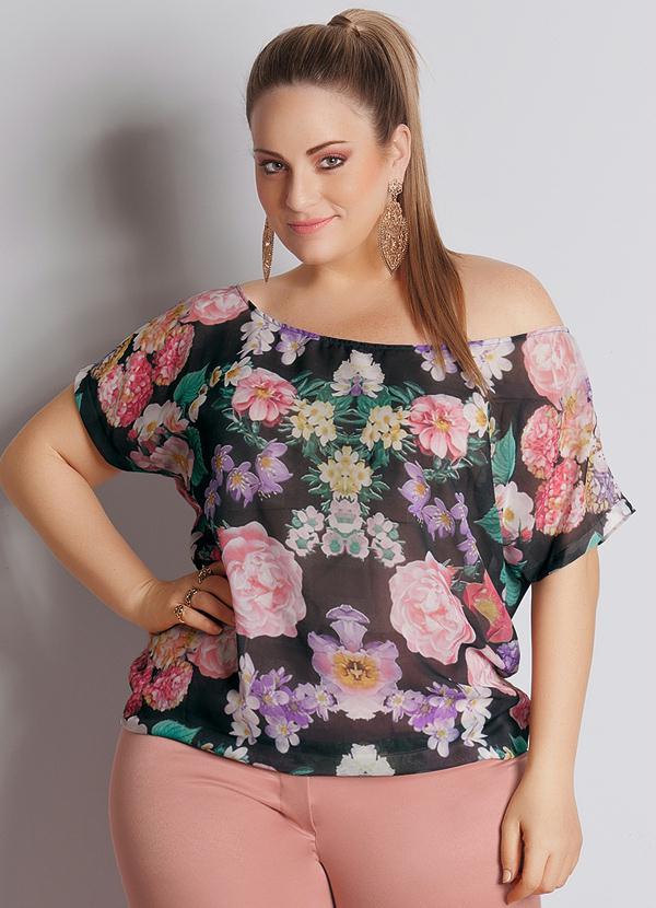 32a0c1945 Quintess - Blusa Floral em Chiffon Plus Size - Quintess