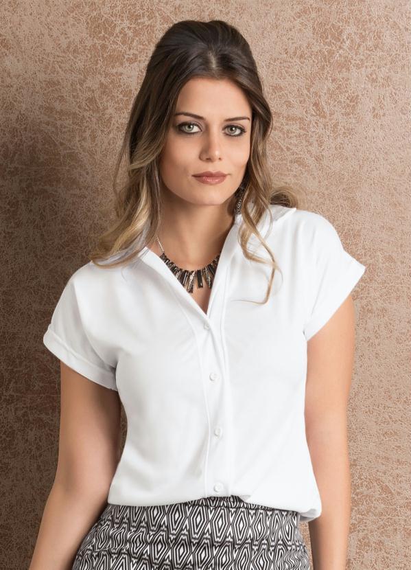 80af9eab8 Queima estoque - Camisa Feminina Branca Manga Curta - Queima de Estoque