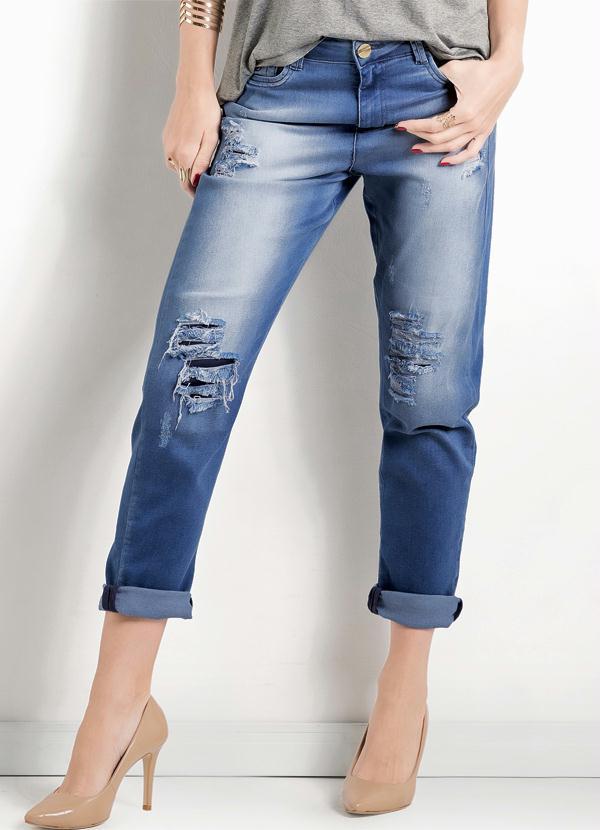 cf8c3bc58e747 Multimarcas - Calça Jeans Boy Fit Destroyed Ana Hickmann - Multimarcas