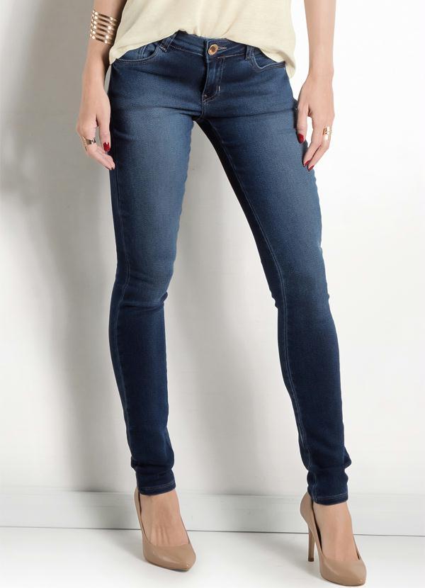 7fbe1f54202ea Calça Jeans Reta com Lavação Ana Hickmann - Multimarcas