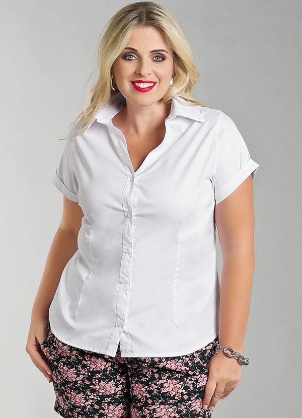 Camisa Feminina Plus Size Manga Curta Branco - Marguerite 0ecd97da6bd