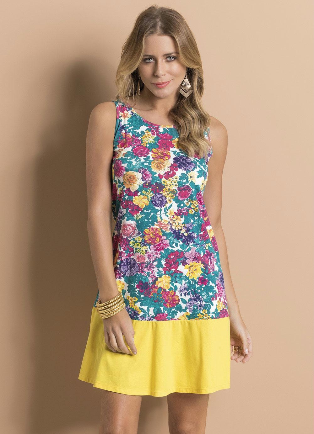 259a5ec2f Vestido Floral com Decote Costas Aprofundado - Queima de Estoque