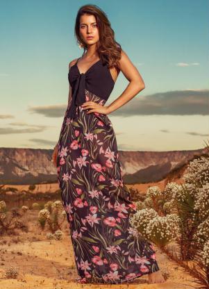 258c6c33a produto Quintess - Vestido Quintess Floral Dark com Hot Pant