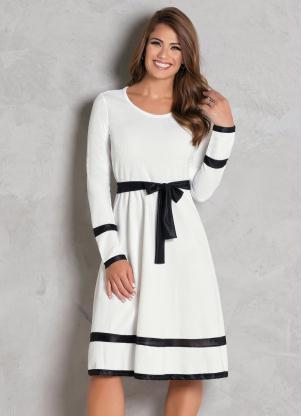 55da85412cca Rosalie - Vestido Evasê Off White e Preto Moda Evangélica - Rosalie