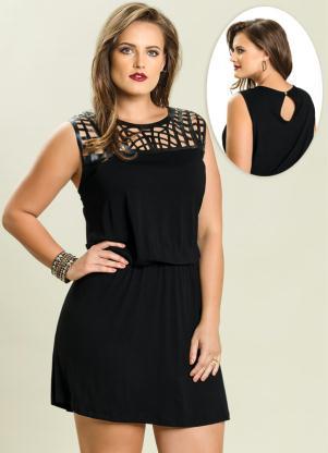 f23481b21 produto Quintess - Vestido Curto com Recortes Preto Plus Size