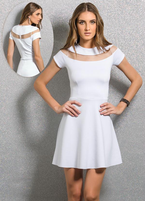 2b93bfca91a4 Quintess - Vestido Evasê com Detalhe Transparente Branco - Quintess
