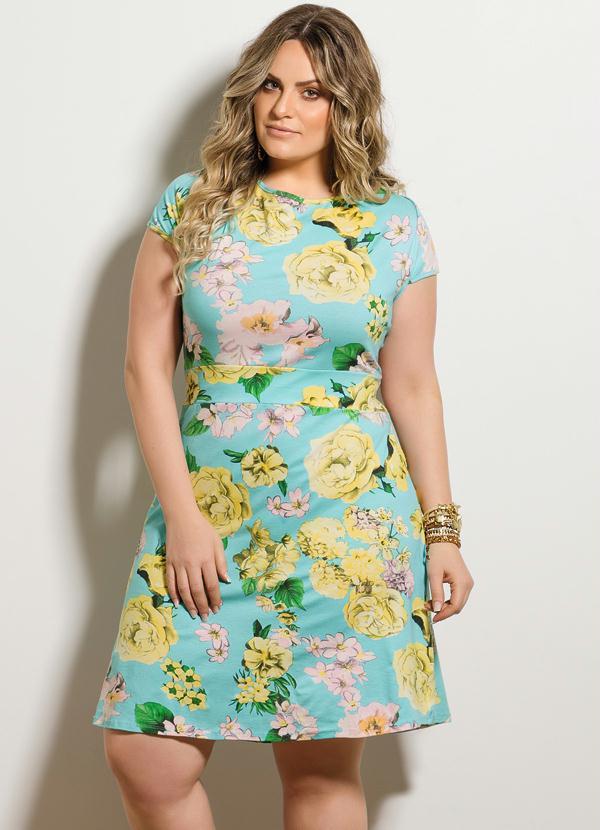 d001e08cf Quintess - Vestido Evasê Floral Plus Size - Quintess