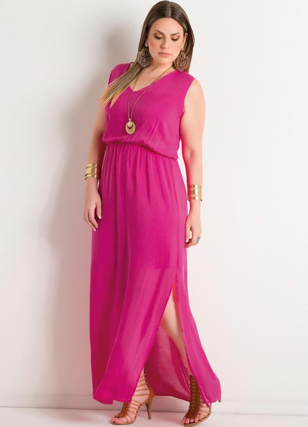 a7d97fc2b Quintess - Vestido Longo com Fenda Pink Plus Size - Quintess