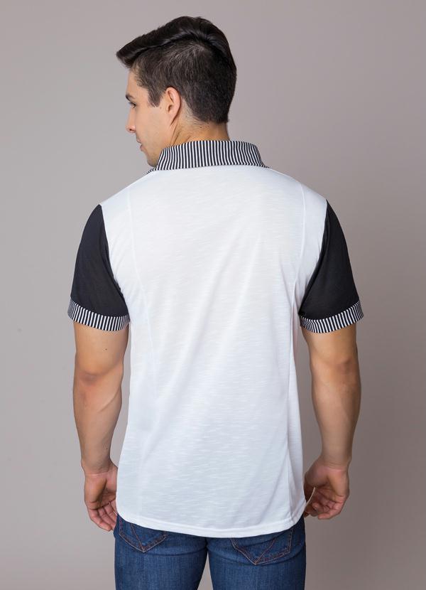 Queima de Estoque - Camisa Polo com Detalhe de Estampa Branca ... e0ae377450569