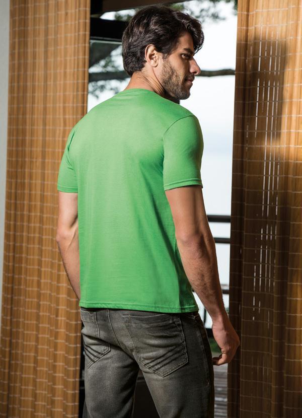 Actual - Camiseta Verde Bolso Estampado - Actual 6b812c7569fbb