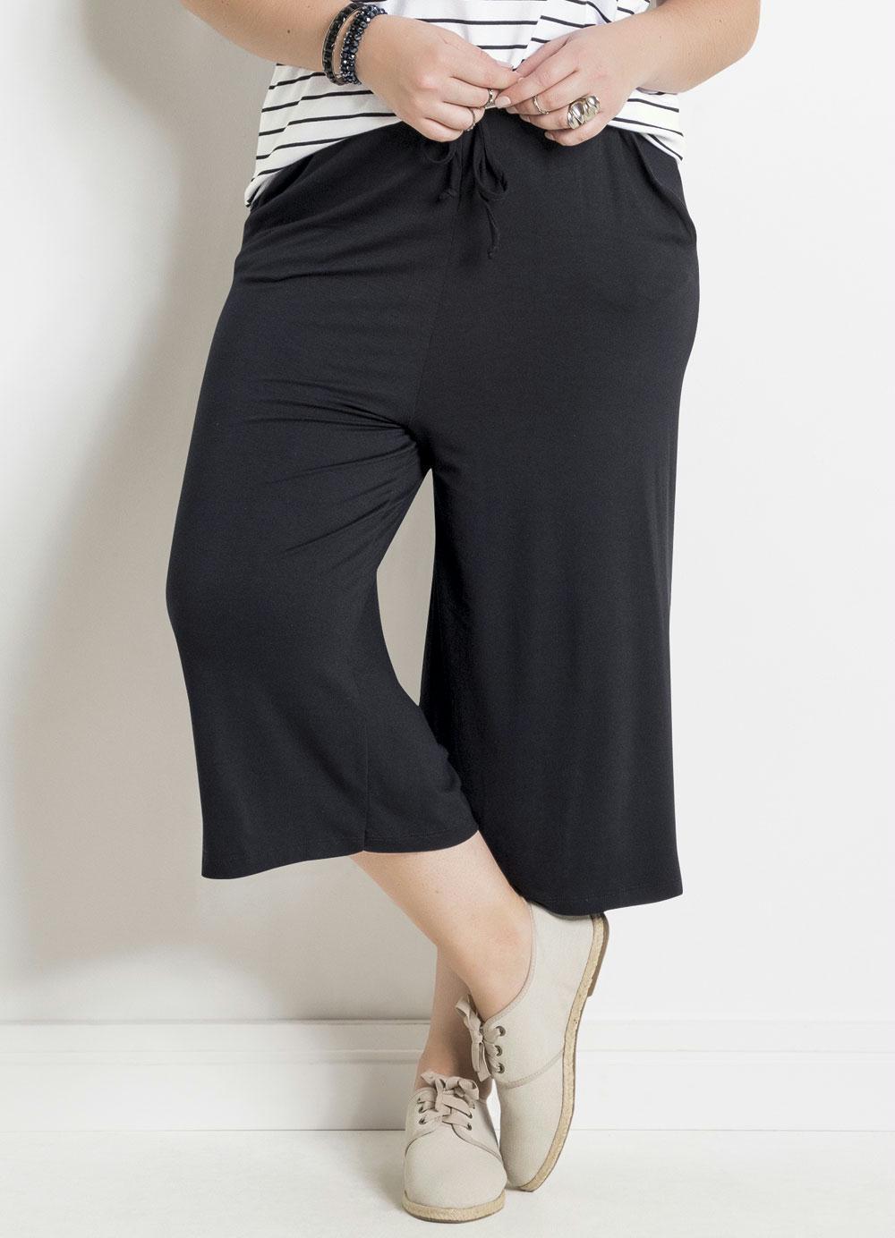 b5df98649a9dc4 Compre vestidos, blusas e acessórios no Portal Posthaus em até 5X sem juros.