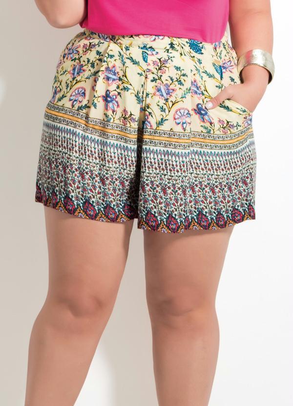 3e6753e17 Shorts Quintess Soltinho Estampado Plus Size - Quintess