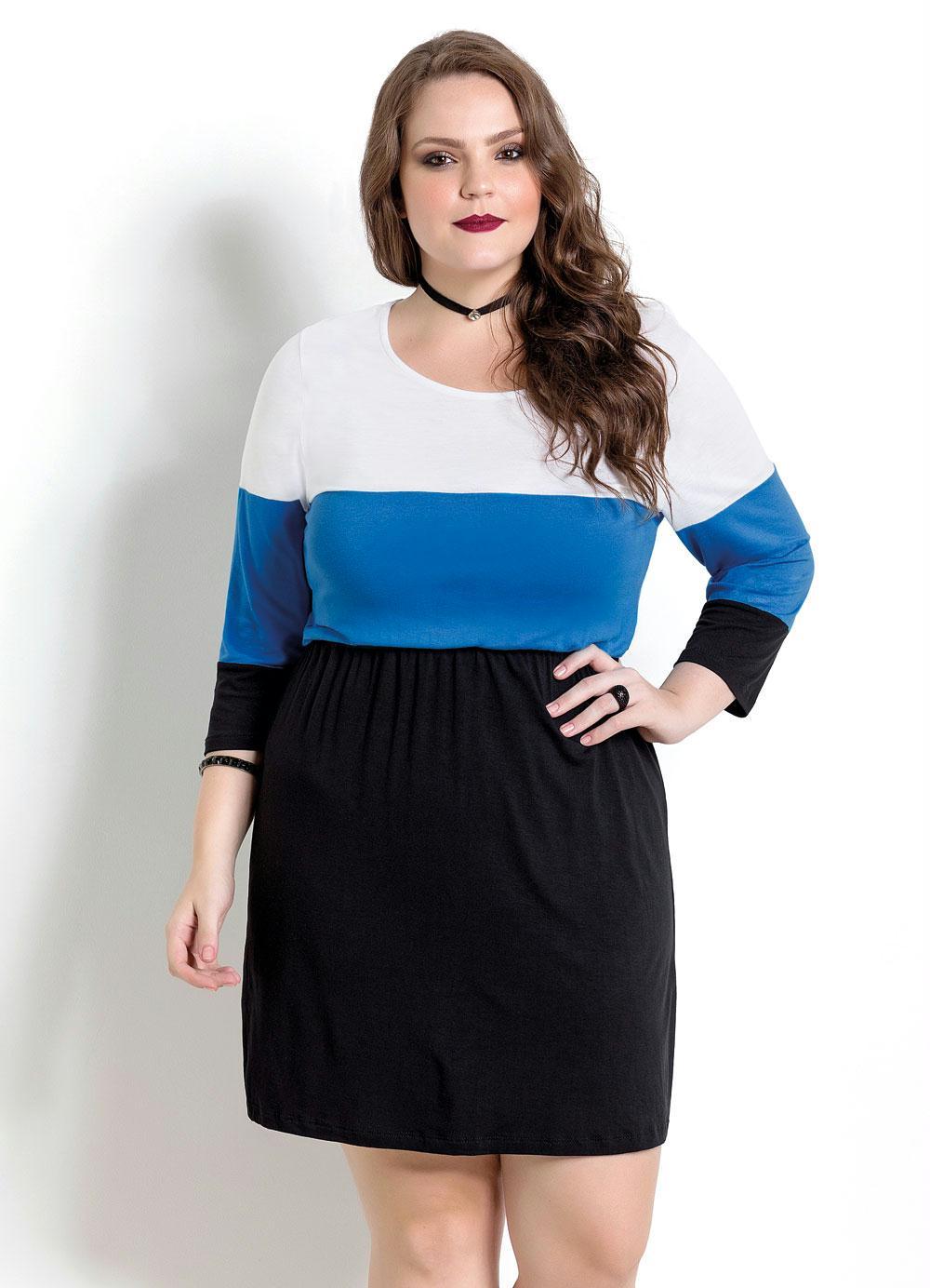 20c4167e7 Vestido Branco, Azul e Preto Quintess Plus Size - Quintess