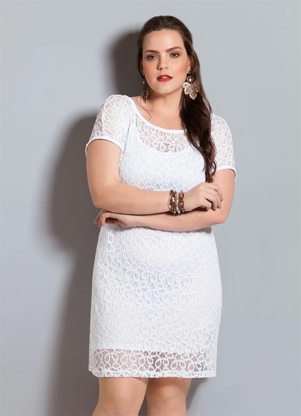 8cb05b385f80 Quintess - Vestido de Renda Branco Quintess Plus Size - Quintess