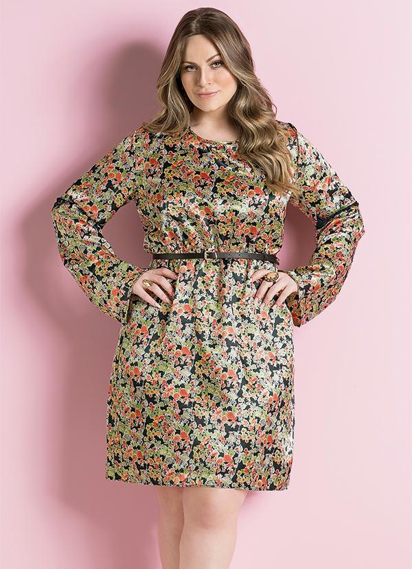 112bbc113 Vestido de Cetim Floral Plus Size - Quintess