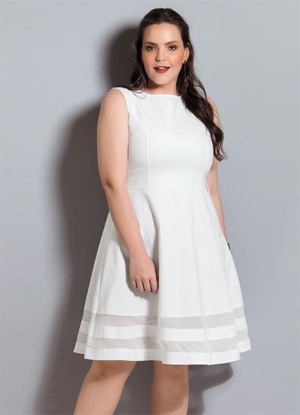 Quintess Vestido Godê Quintess Branco Plus Size
