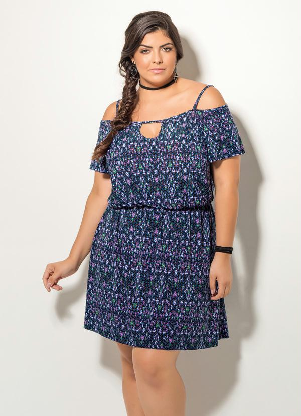5cd0681d9e04 Quintess - Vestido Ombros Vazados Estampado Plus Size - Quintess
