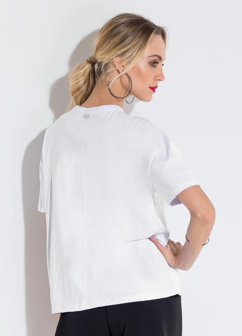 afc98b36c0 Blusa Ampla com Estampa Branca Quintess - Quintess