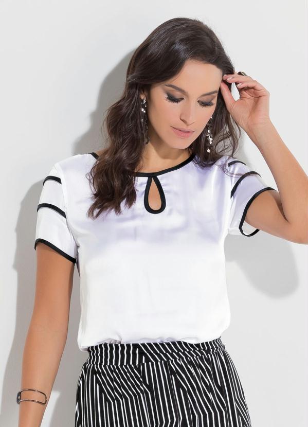 eb349763cc Blusa de Cetim Quintess Branca e Preta - Quintess