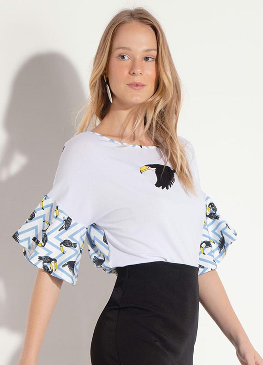 6a25e9dff2 Blusa Quintess Pássaros com Bordado Frente - Quintess