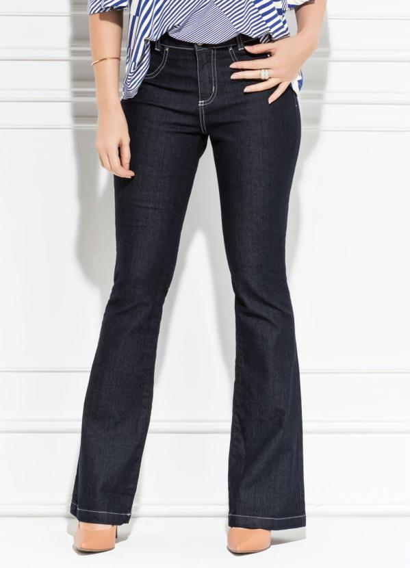 1711a6a67 Calça Flare Jeans Escuro - Quintess