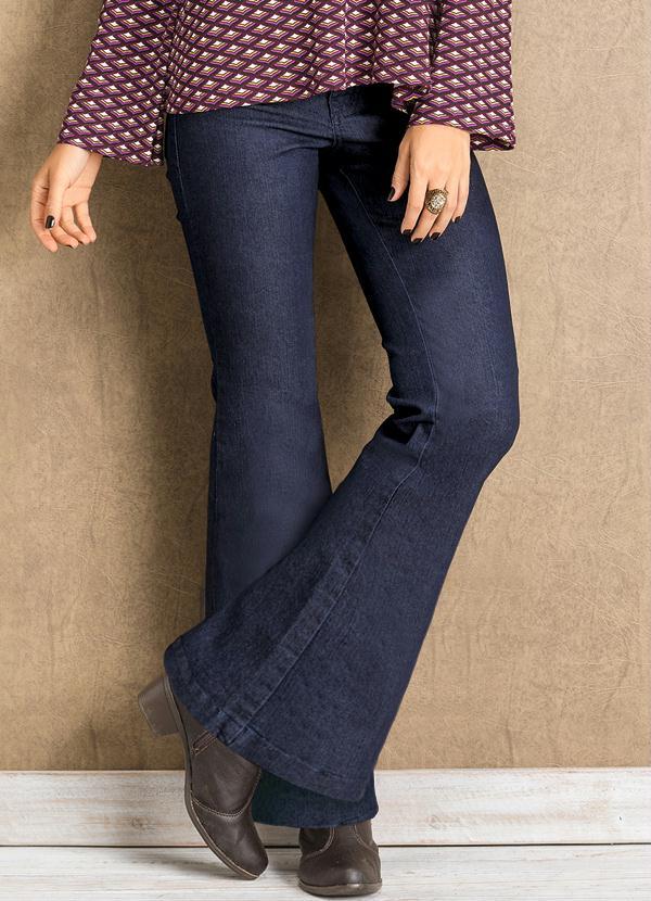 f43d3b293 Calça Jeans Flare Feminina - Quintess