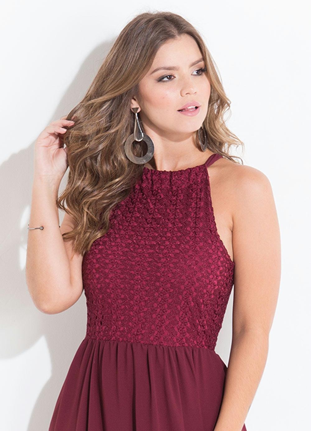 3a791b33e Vestido com Renda e Amarração Quintess Bordô - Quintess